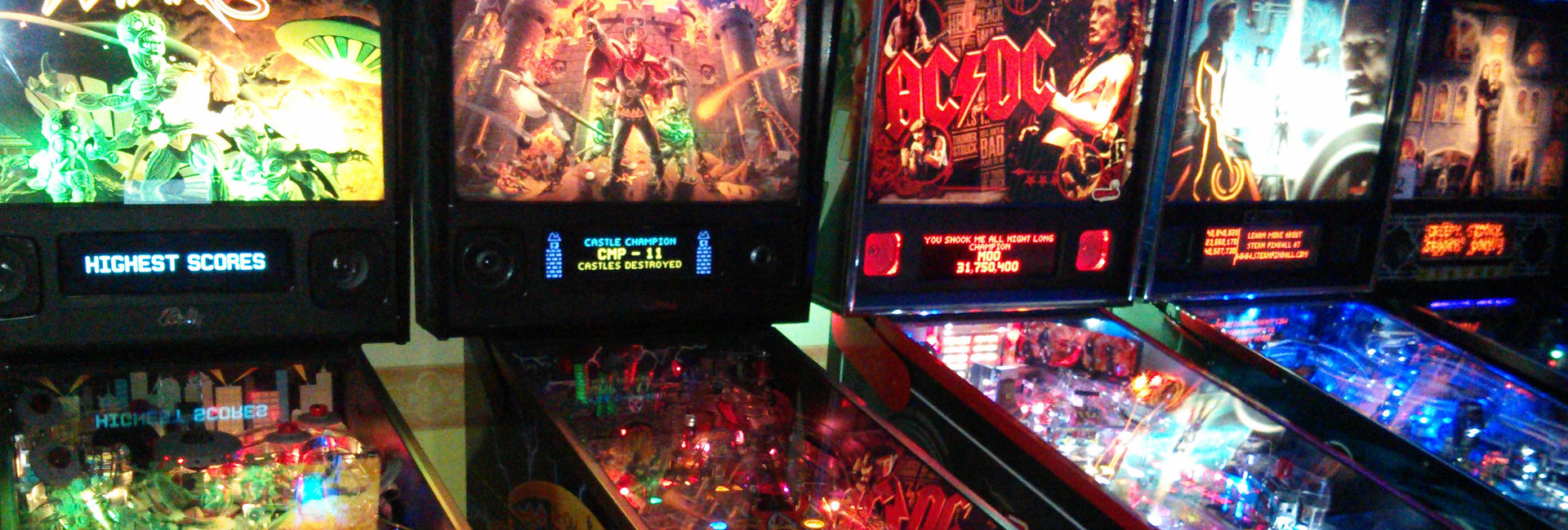 Fully refurbished pinball machines